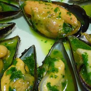 Mejillones salsa verde