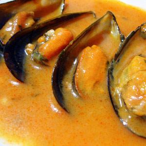 Mejillones en salsa recetas mariscos punta sinas s l for Hacer salsa marinera